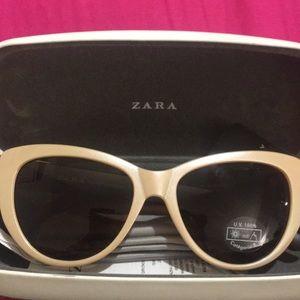 Brand new cat eye Zara sunglasses